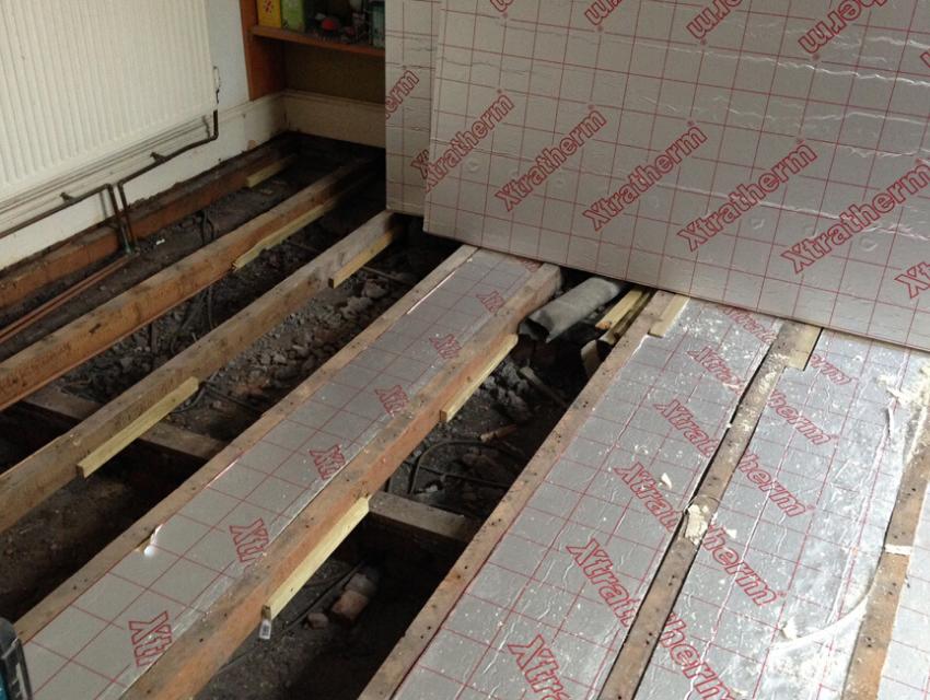 Installing floor insulation